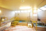 SOMPOケア ラヴィーレ小田原(介護付有料老人ホーム)の画像(10)大浴場