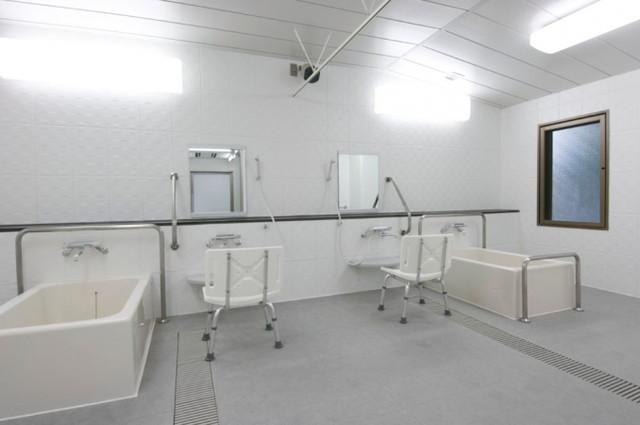 ライフコミューン生田(介護付有料老人ホーム)の画像(5)浴場