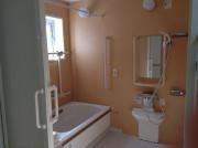 シニアフォレスト横浜戸塚(介護付有料老人ホーム)の画像(9)浴室