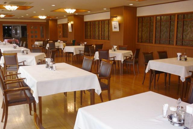 クラシック・コミュニティ横浜(サービス付き高齢者向け住宅)の画像(2)8階レストラン
