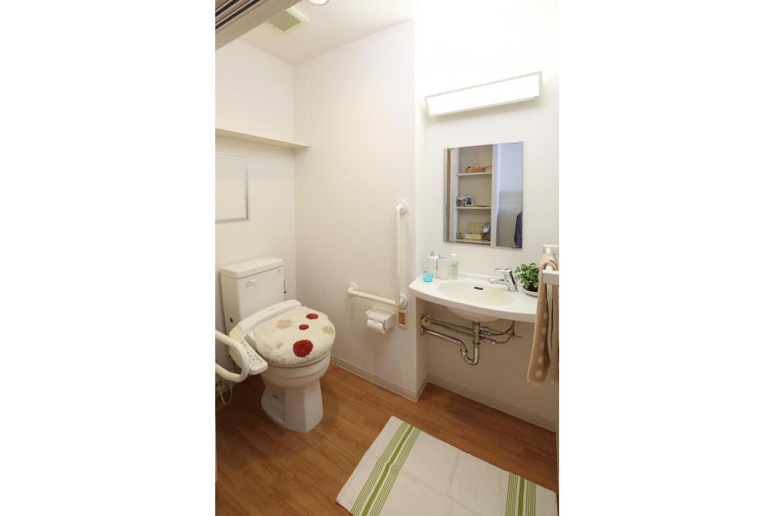 グランダ鶴間・大和(介護付有料老人ホーム(一般型特定施設入居者生活介護))の画像(3)洗面