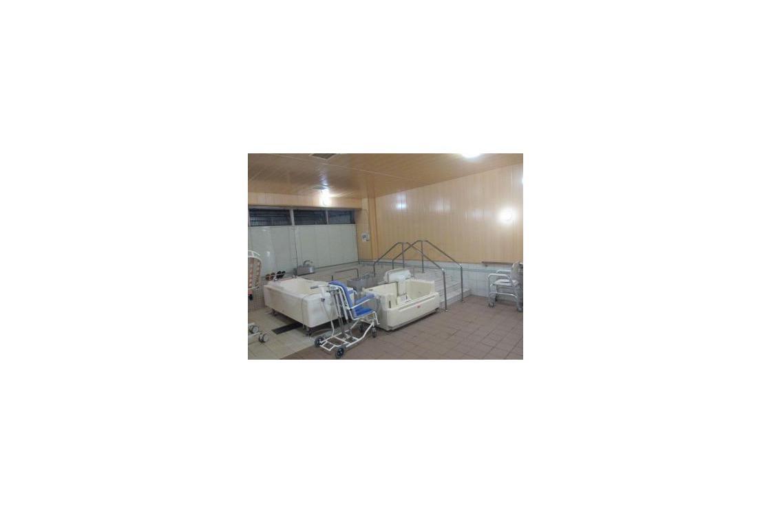 ボンセジュール千歳船橋(介護付有料老人ホーム(一般型特定施設入居者生活介護))の画像(7)地下1階 浴室