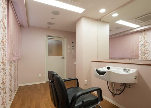 メディカルケアセンチュリーハウス藤沢(住宅型有料老人ホーム)の画像(10)理美容室