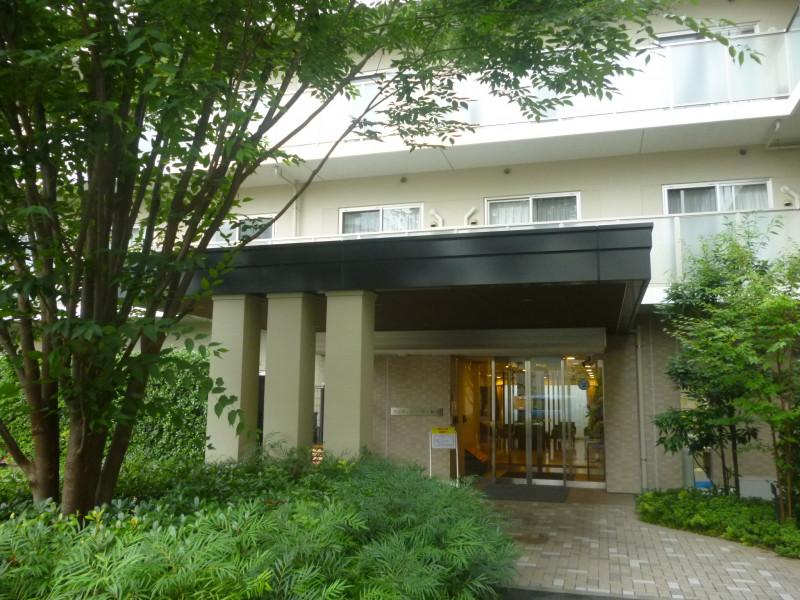 メディカルケアセンチュリーハウス藤沢(住宅型有料老人ホーム)の画像(21)玄関