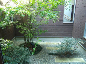 シニアフォレスト湘南平塚(介護付有料老人ホーム)の画像(3)庭園