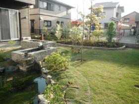 シニアフォレスト湘南平塚(介護付有料老人ホーム)の画像(16)お庭