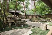 芦花翠風邸(介護付有料老人ホーム(一般型特定施設入居者生活介護))の画像(9)庭