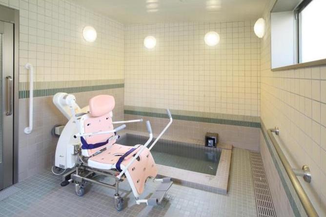 グランダ二子玉川(介護付有料老人ホーム(一般型特定施設入居者生活介護))の画像(8)1F 浴室