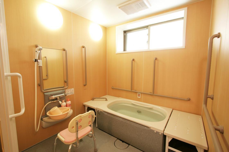 リハビリホームグランダ瀬田(介護付有料老人ホーム(一般型特定施設入居者生活介護))の画像(7)個人浴室