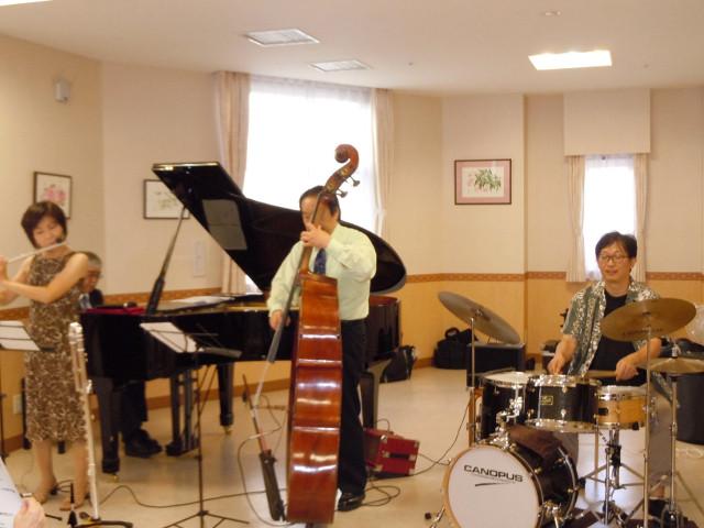 シルバーシティ聖蹟桜ヶ丘(介護付有料老人ホーム)の画像(14)管弦楽コンサート