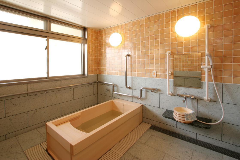 リハビリホームグランダ芦花公園(介護付有料老人ホーム(一般型特定施設入居者生活介護))の画像(8)3F 浴室