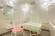 ウェルケアガーデン馬事公苑(介護付有料老人ホーム)の画像(13)個浴