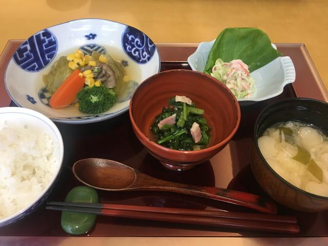 舞浜倶楽部新浦安フォーラム食事