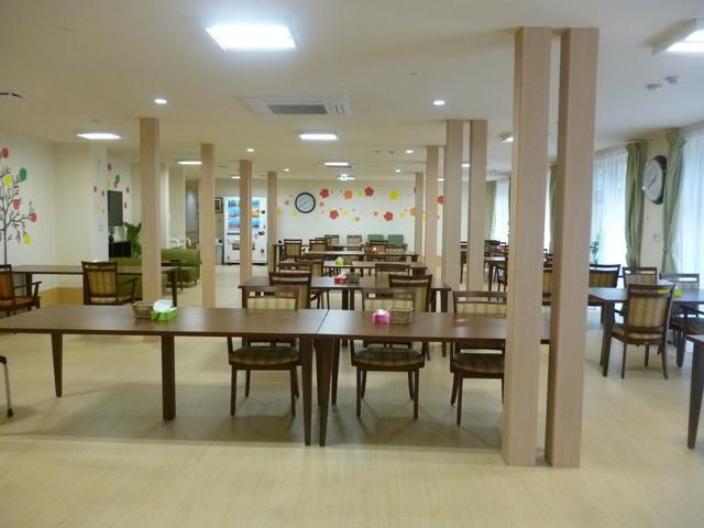 たのしい家横浜鶴見食堂