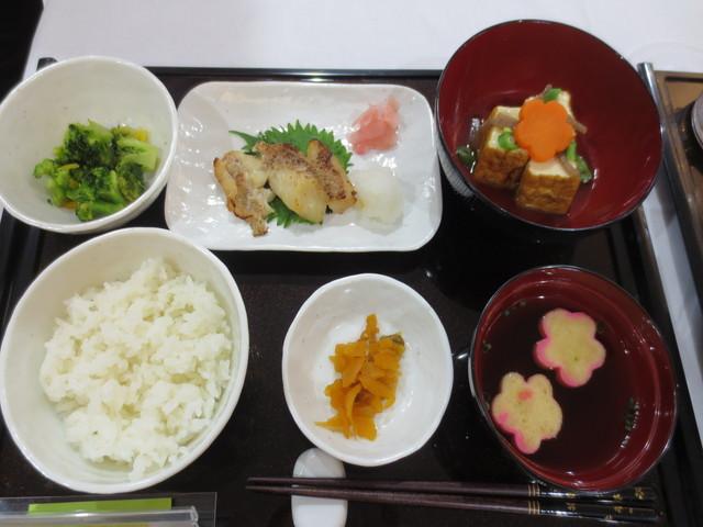 エクセレント町田食事