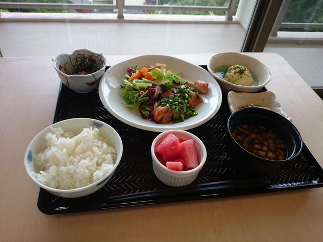 桜山ハイム食事