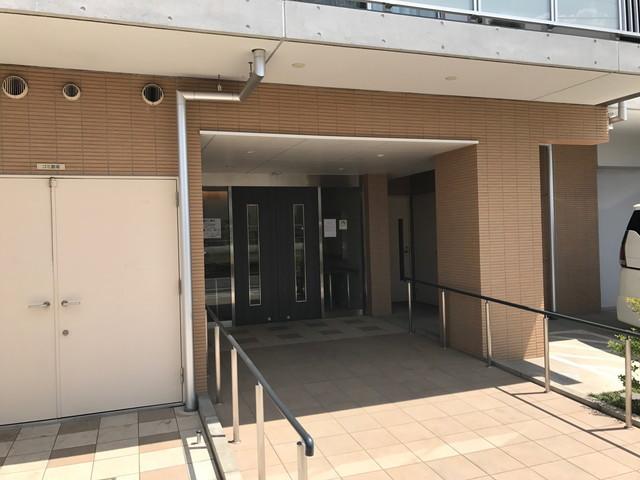そんぽの家S平和台玄関