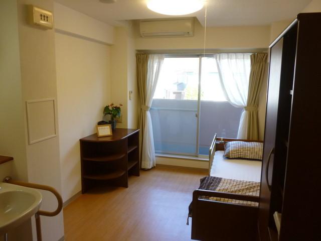 ニチイホーム菊名居室